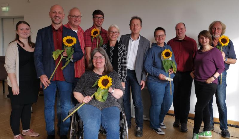 Die neuen and alten Vorstandsmitglieder um den neuen Vorsitzenden Maik Voswinkel (Gruppenbild)